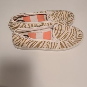 Roxy canvas slip ons